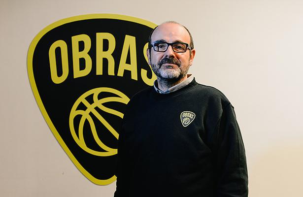 Poch, el entrenador español de Obras – Club Obras Sanitarias