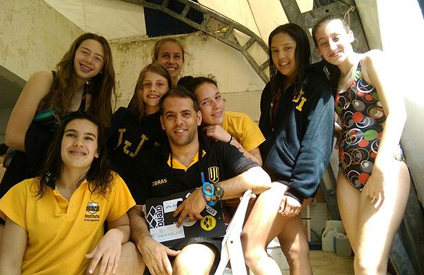 Liga-Estudiantil-natación